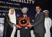 Sunil Uphale receiving the award on behalf of Eureka Forbes