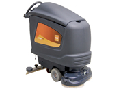 Water saving automatic scrubber drier