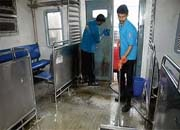 Central Railway outsources cleaning of coaches