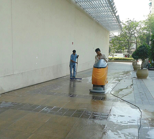 Housekeeping at AlphaOne -5