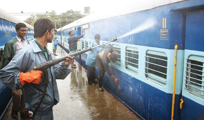 SCR Intensifies Cleanliness Drive on Railway Premises - Clean ...