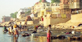 Consultative committee reviews Ganga surface cleaning project
