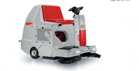 Ride-on Sweeper with 7-hour run time