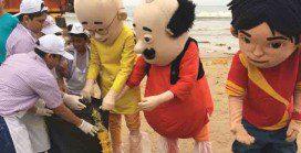 800 children join beach cleaning