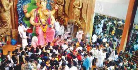 Lalbaugcha Raja: Where Mechanised Cleaning is  Impossible