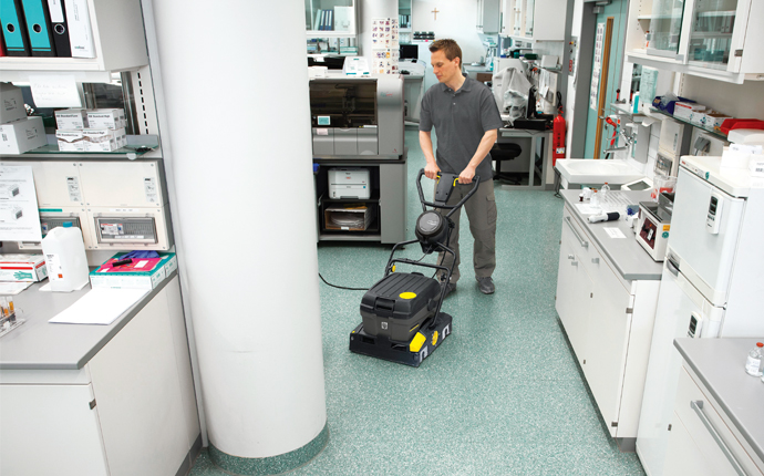 Floor Cleaning in Hospitals