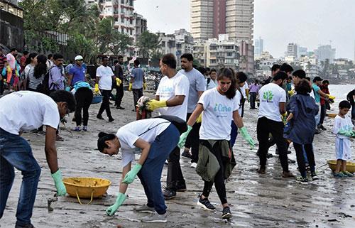 Shapoorji Pallonji clean beach drive