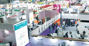 LAUNDREX INDIA EXPO <br>Laundry and Dry-Cleaning Industry in India <br> • Maturing market • Automization • Digitisation